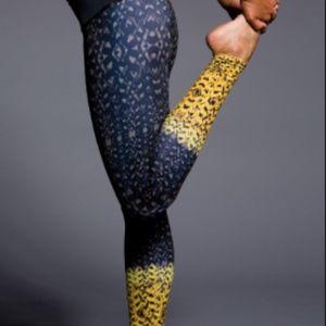 Onzie Legging